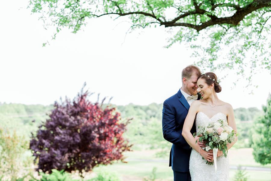 bride-groom-embracing-wedding-venue-maryland